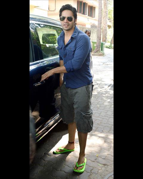 varun-dhawan-shorts