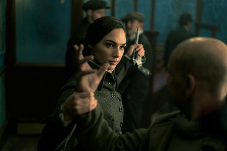 warner-bros-wonder-woman-movie-image-for-inuth-14