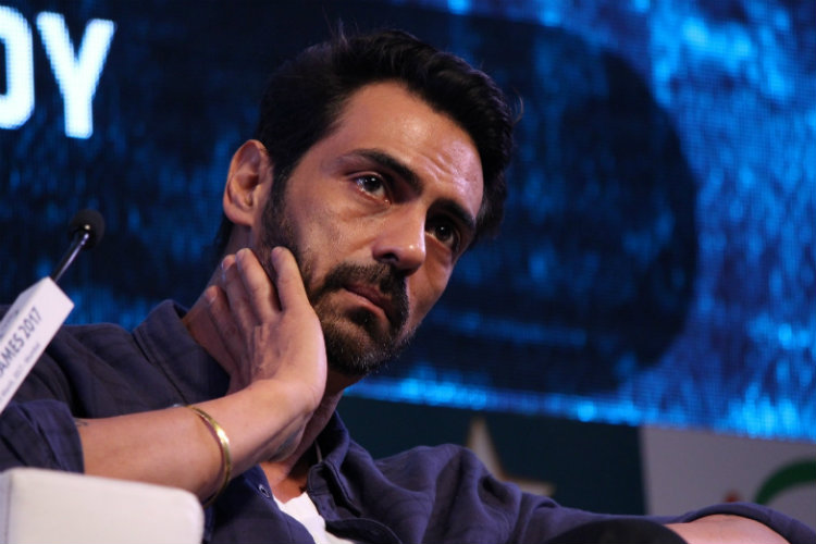 Arjun Rampal lands in trouble, fan files complaint of physical assault against actor