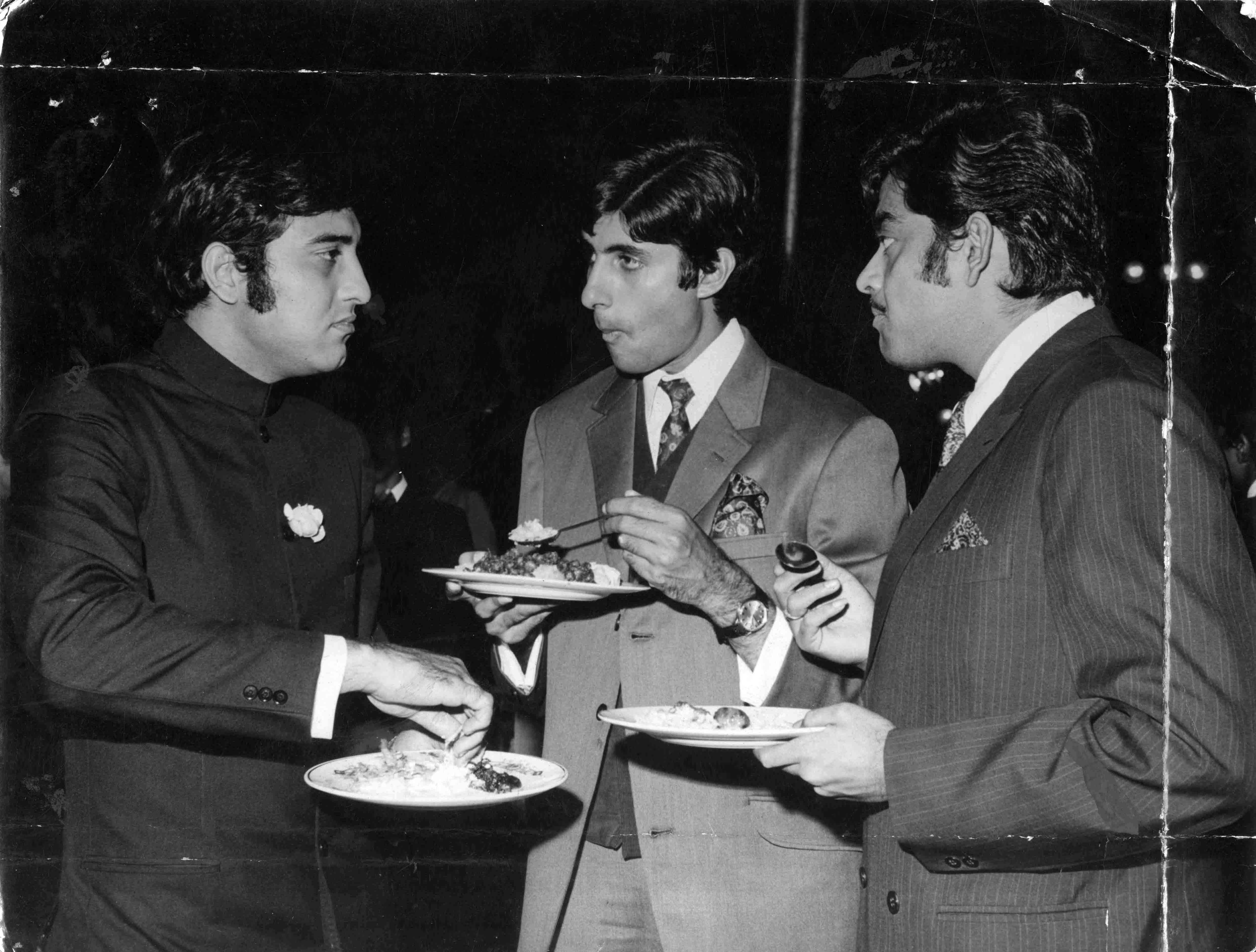 Film star Vinod Khanna, Amitabh Bachchan and Shatrughan Sinha. *** Local Caption *** Film star Vinod Khanna, Amitabh Bachchan and Shatrughan Sinha. Express archive photo