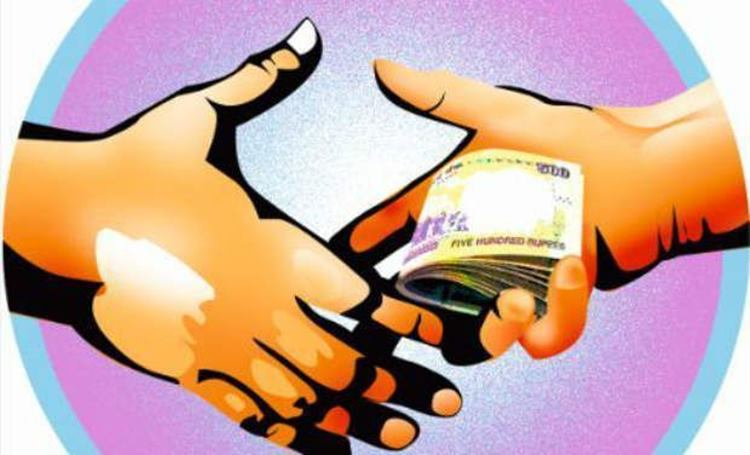 Survey reveals Karnataka is India's most corrupt state