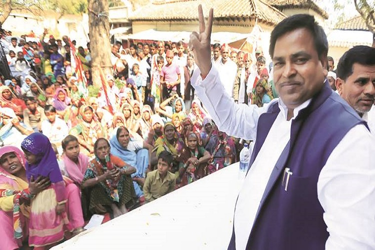Tainted SP leader Gayatri Prajapati released from Lucknow jail