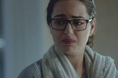 Sonakshi Sinha in a still from Noor (Courtesy: Twitter/@rashisingh02)