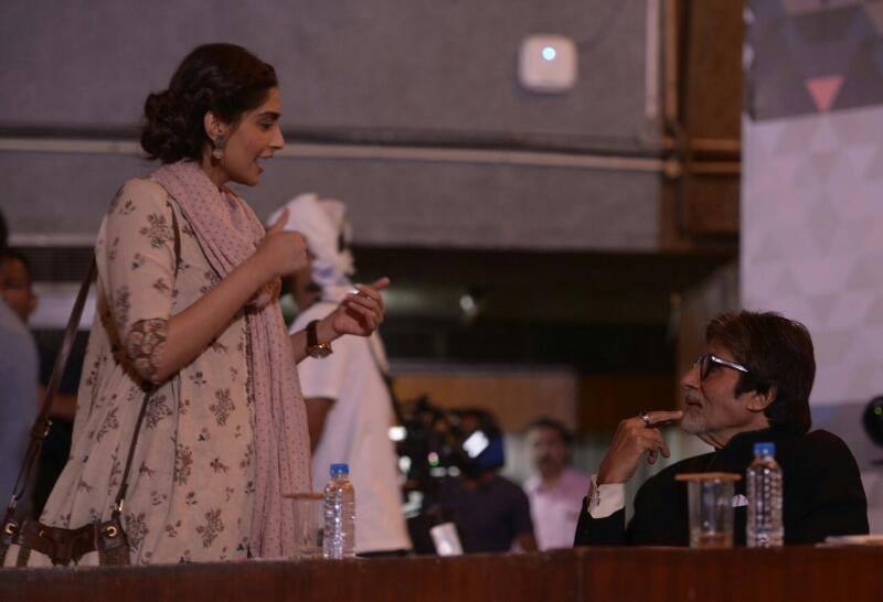 Amitabh Bachchan and Sonam Kapoor on the sets of Padman