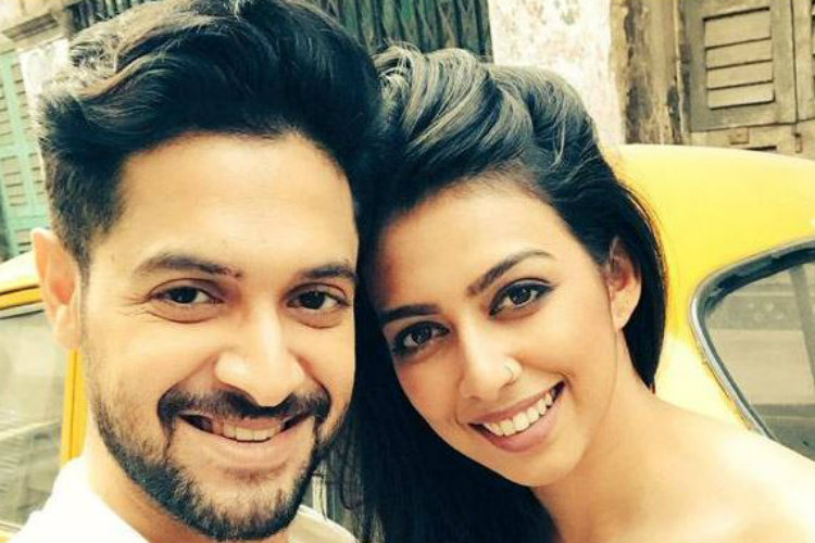 Vikram Chatterjee and Sonika Chauhan (Courtesy: Twitter/@movie_glamor )