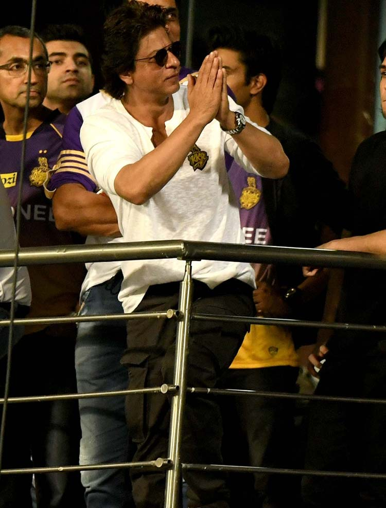 Shah Rukh Khan at the Eden Gardens