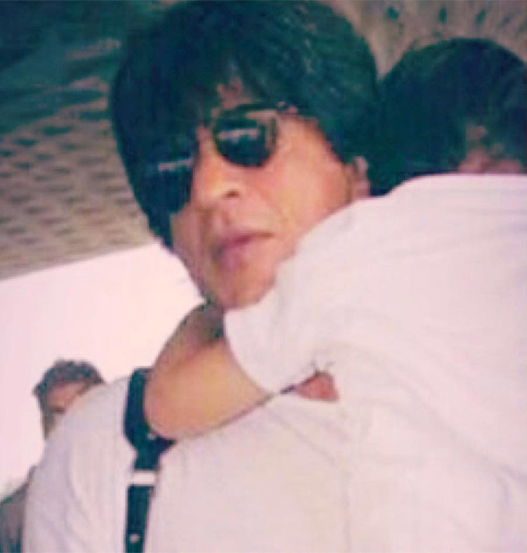 Shah Rukh Khan and Abram spotted at the airport