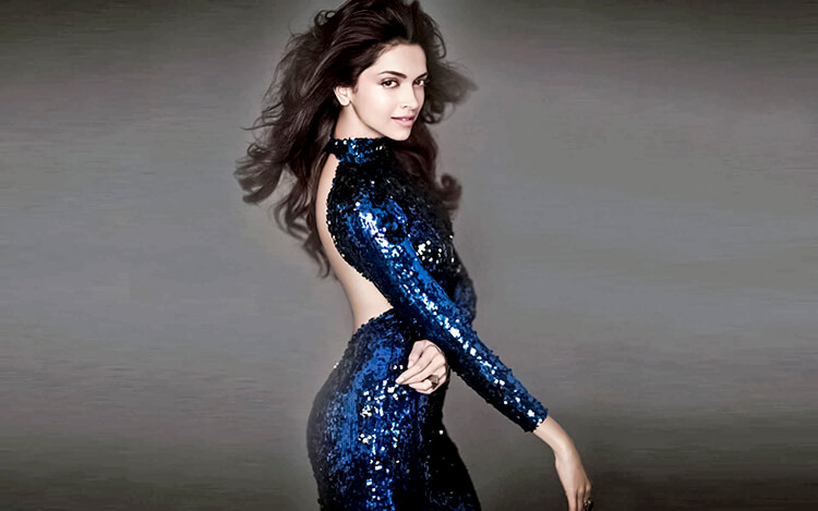 This hot Deepika Padukone wallpaper will leave you sweating