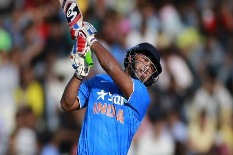 Cricket fraternity praises Pant for monster knock against Gujarat Lions