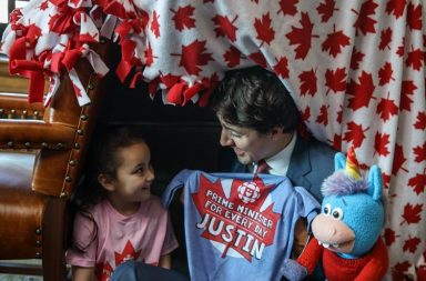 Canada PM Justin Trudeau builds fort with a five year-old