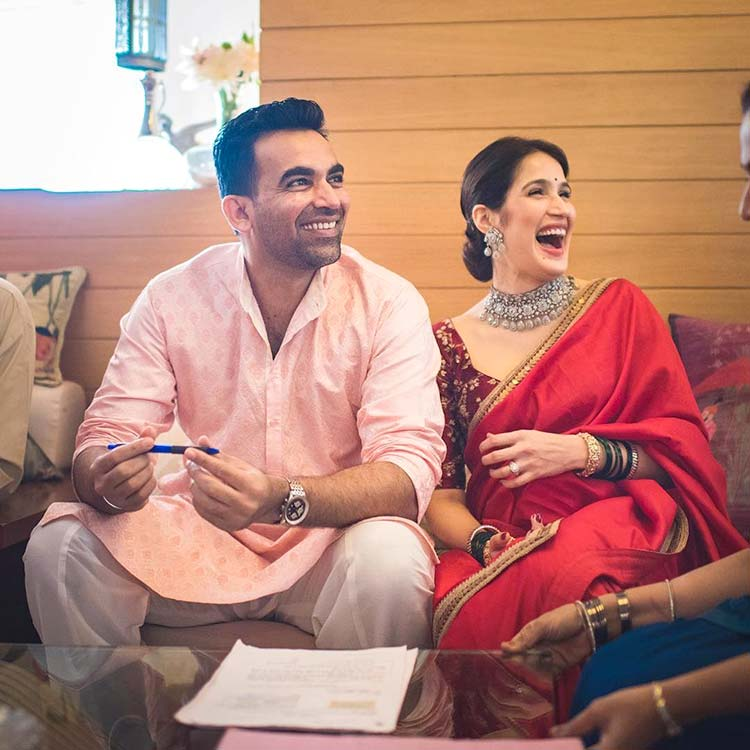 A happy pic of Sagarika Ghatge and Zaheer Khan from their wedding