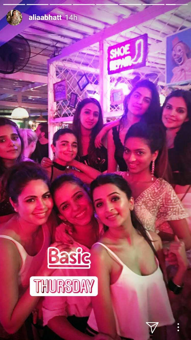 Alia Bhatt is having a swell time in Bali with her girl gang