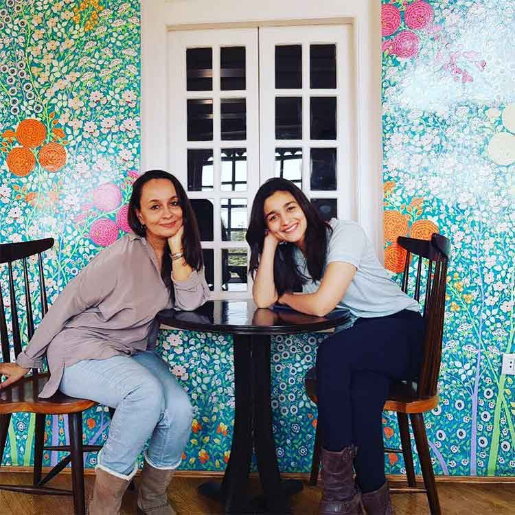 1Alia Bhatt on a tea date with her mother