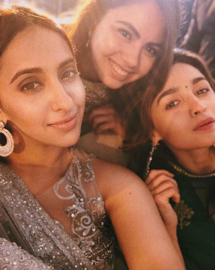 Alia Bhatt with her friends at a wedding