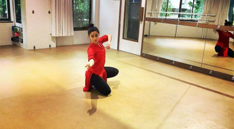 Alia Bhatt's candid photo from her dance sessions