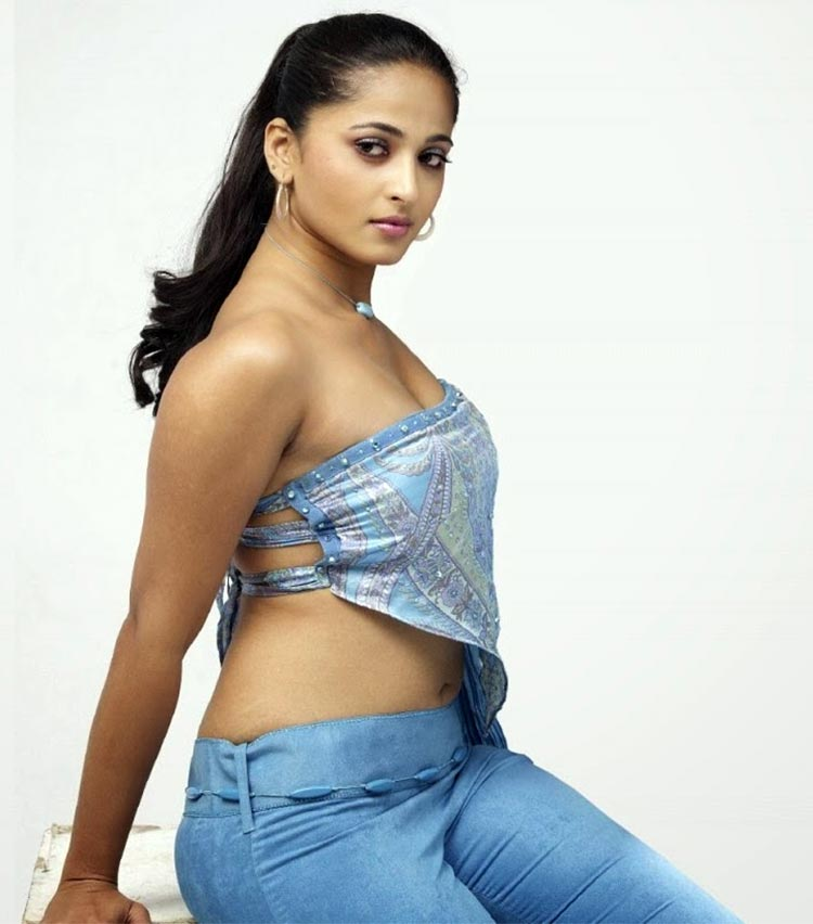 Anushka shetty hot sexy photos