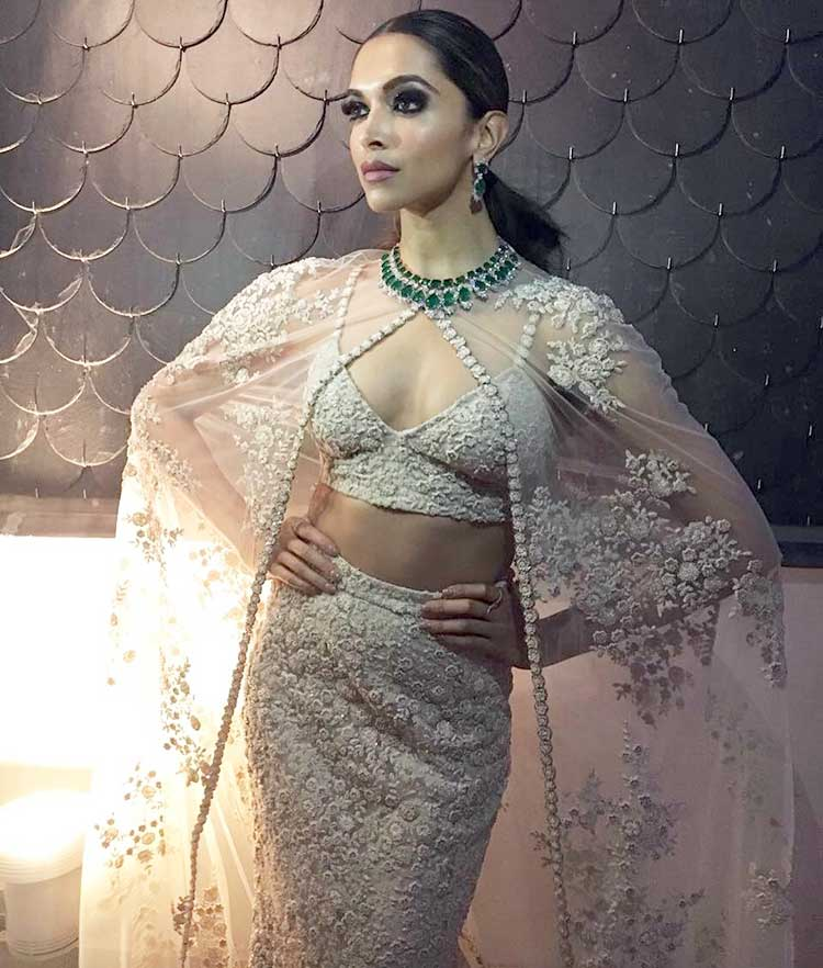 Deepika Padukone is looking ravishing and sexy in her white attire