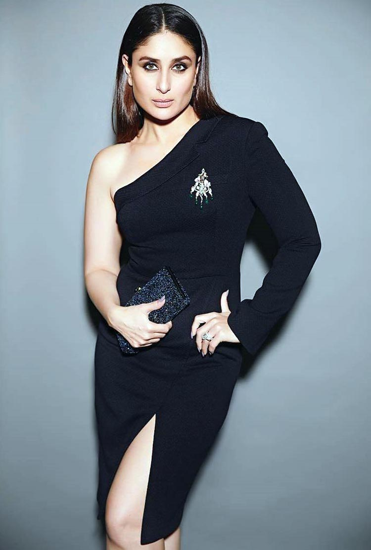 Kareena Kapoor looks utterly sexy in this black dress
