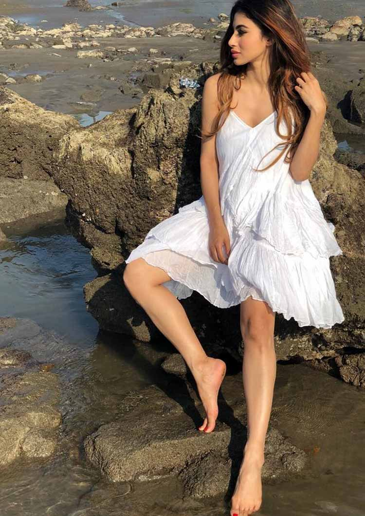 Mouni Roy is sizzling in white here