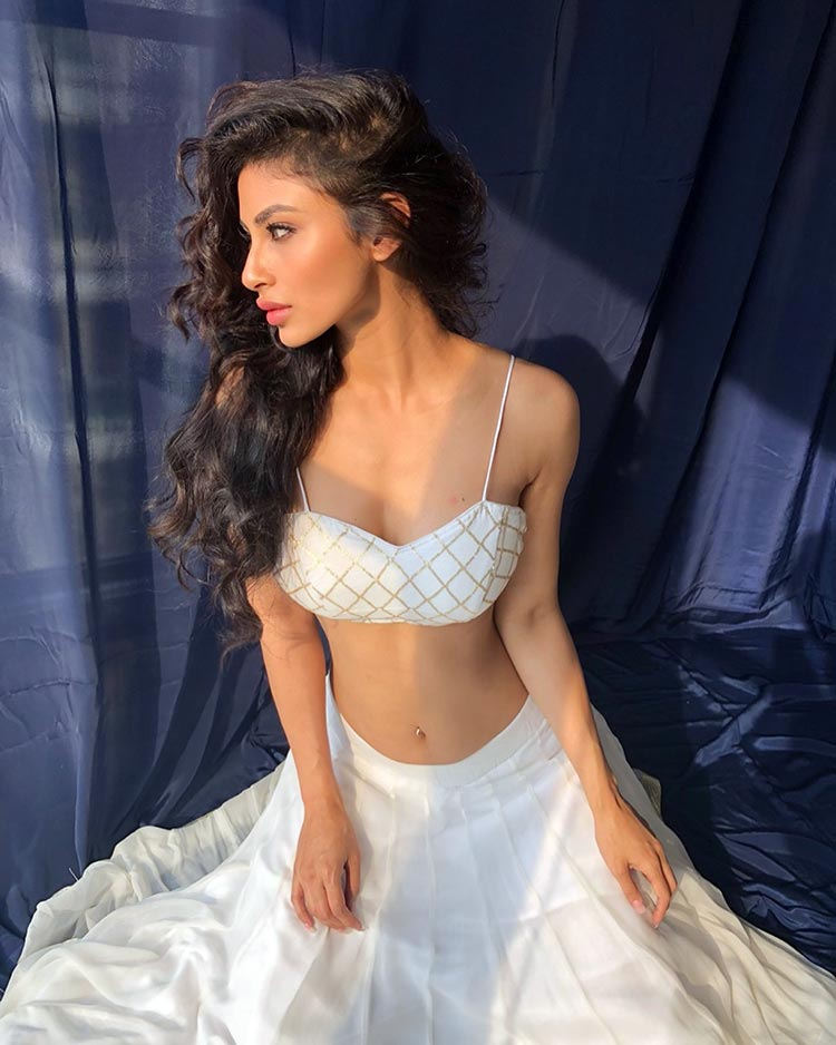 Mouni Roy looks tremendously hot in white