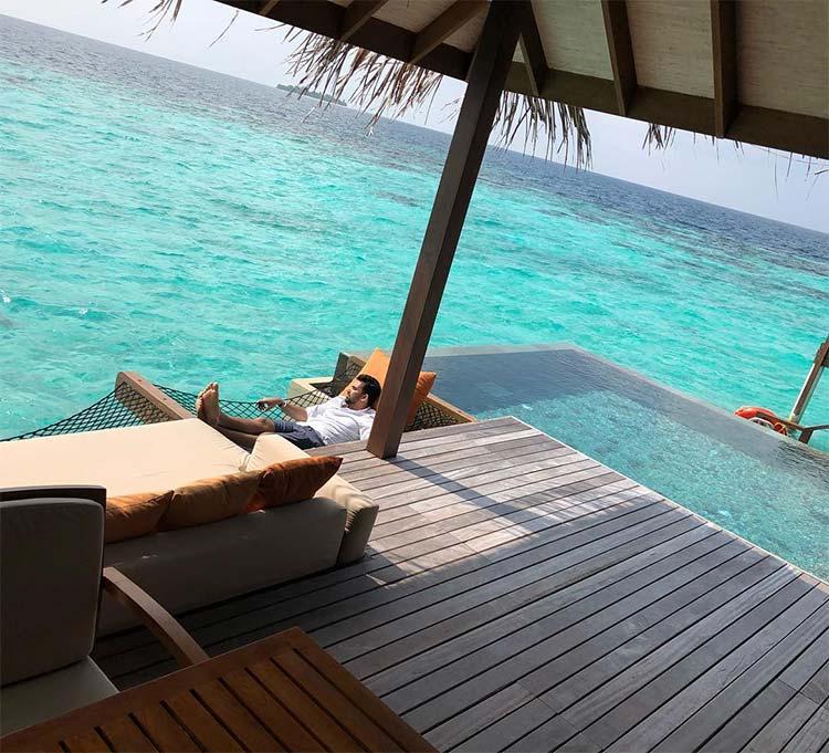 Sagarika Ghatge and Zaheer Khan in Maldives for honeymoon