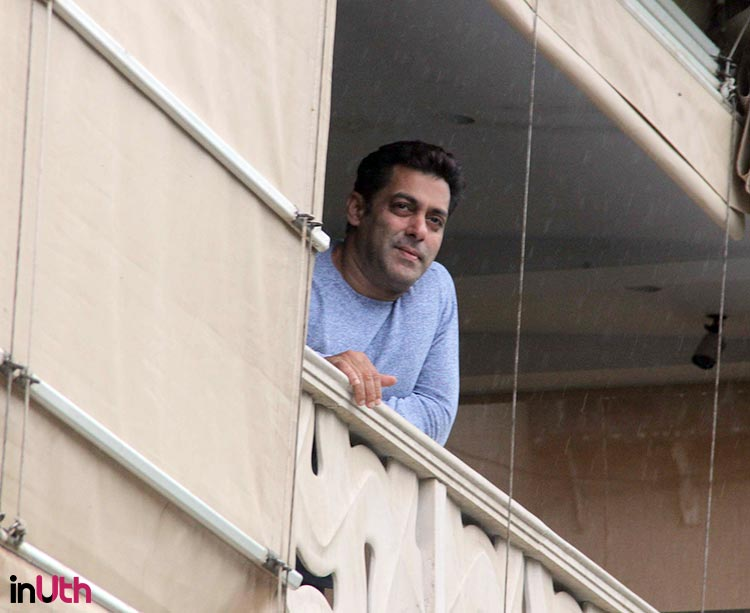 Salman Khan looks amazing in this personal pic from Eid