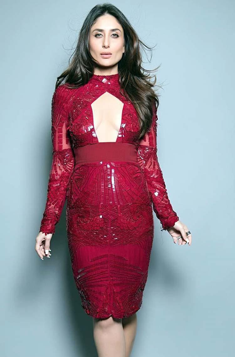 Sexy Kareena Kapoor in Bibhu Mohapatra attire