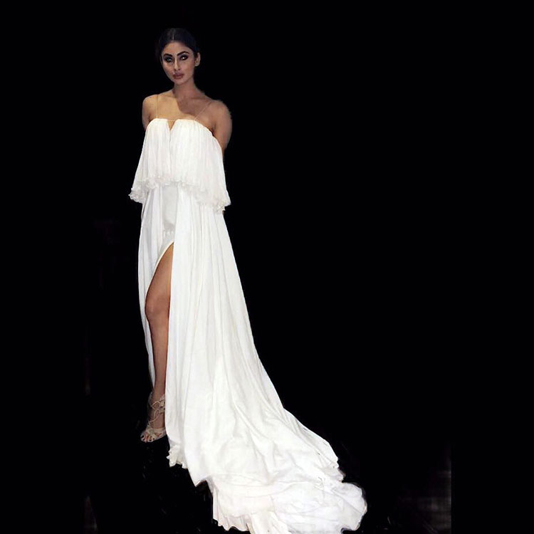 Sexy Mouni Roy looks like a vision in white