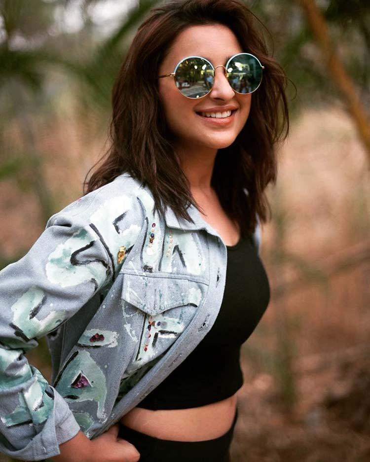 Sexy Parineeti Chopra flaunts her stretch marks with pride