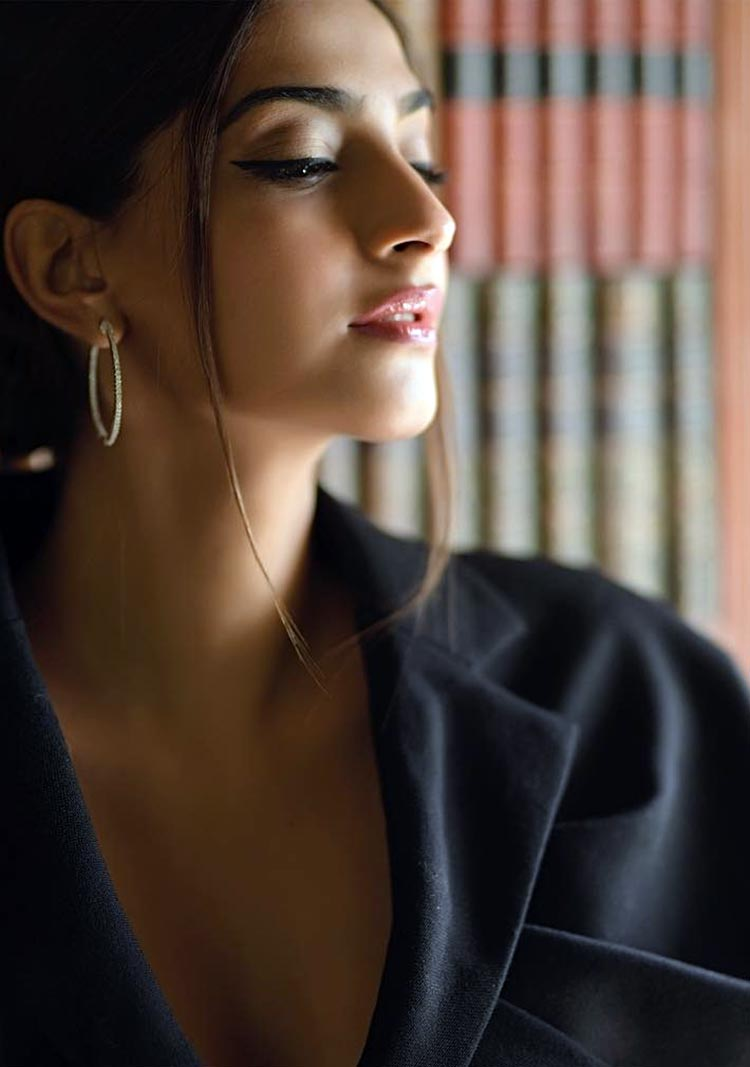 Sonam Kapoor fotos calientes y sexy, Sonam Kapoor Hot Hd-2868
