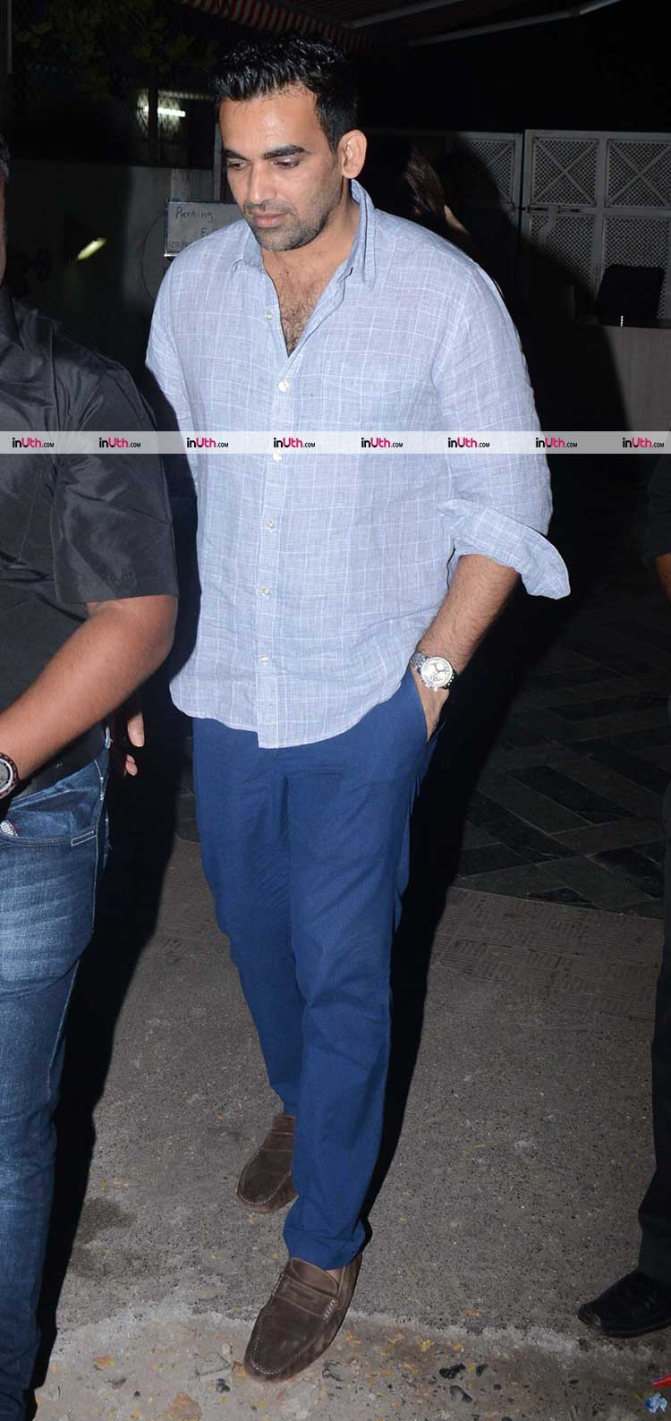 Zaheer Khan spotted after a dinner date with fiance Sagarika Ghatge