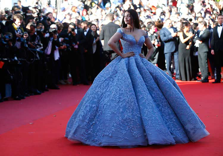 Aishwarya Rai walking the red carpet on day 1 of her appearance at Cannes 2017
