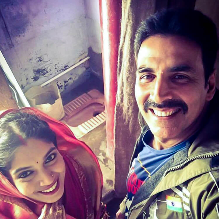 This selfie from the sets of Toilet--Ek Prem Katha is breaking taboos