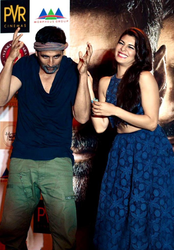 Akshay Kumar and Jacqueline Fernandez's candid moment at Brother's promotion