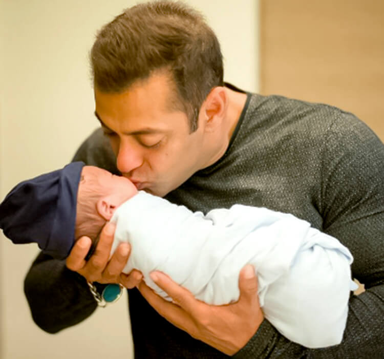 Salman Khan's adorable personal moment with nephew Ahil