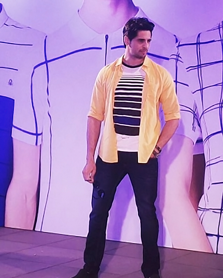 Sidharth Malhotra clicked candid at an event
