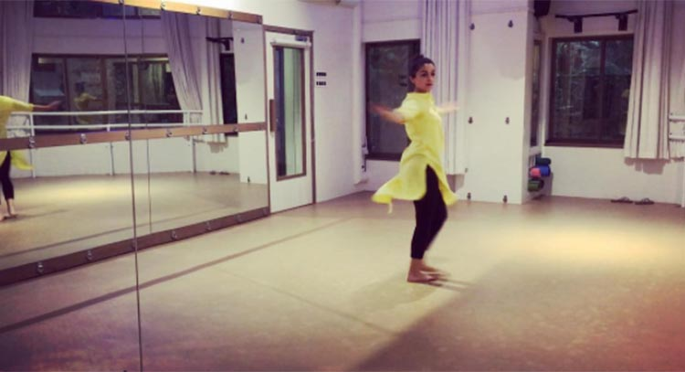 A sneak peak into Alia Bhatt's personal dance lessons