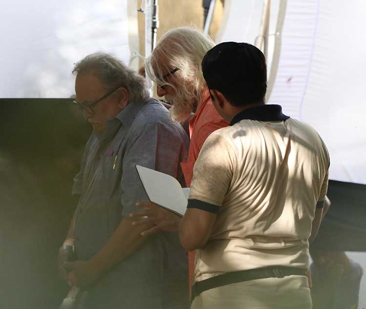 Amitabh Bachchan with Rishi Kapoor shooting for 102 Not Out
