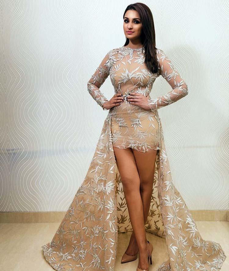 Parineeti Chopra looked burning hot at the HT Style Awards