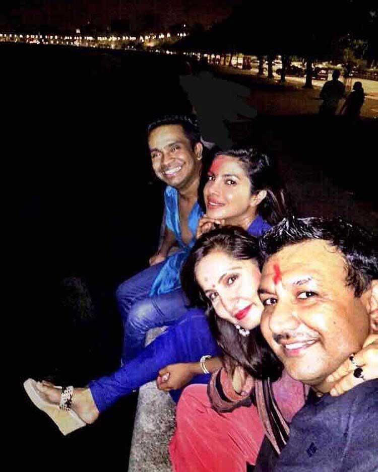 Priyanka Chopra and her friends at the Marine Drive