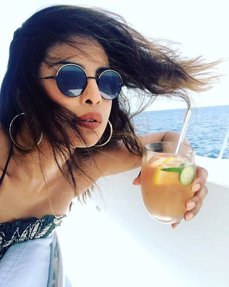 Priyanka Chopra in her 'Summer Wonderland' is too hot to handle