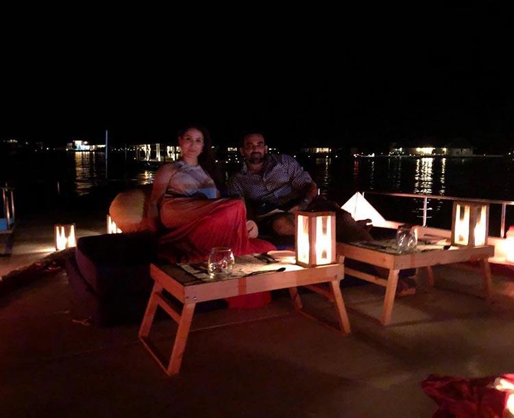 Sagarika Ghatge and Zaheer Khan gazing the stars in Maldives
