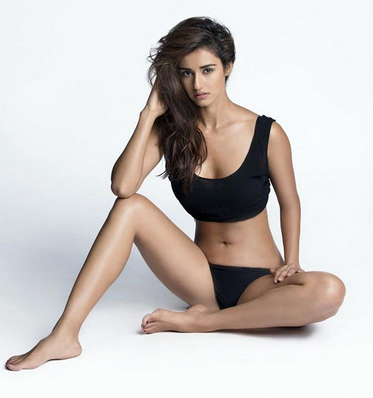 Sexy Disha Patani looks like a black magic woman