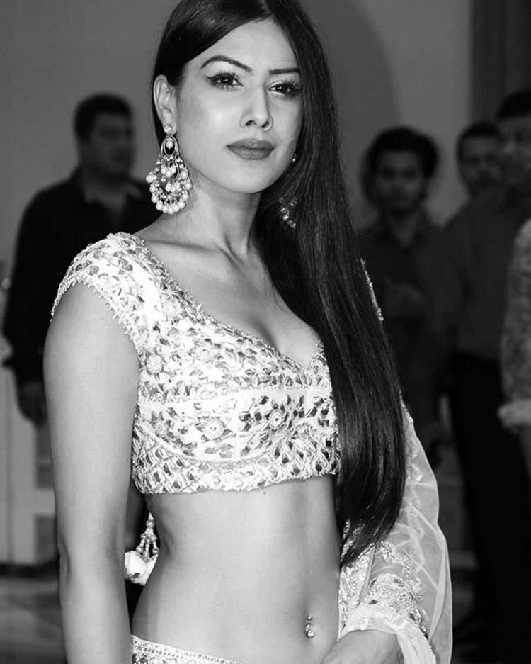 Sexy Nia Sharma giving out desi vibes
