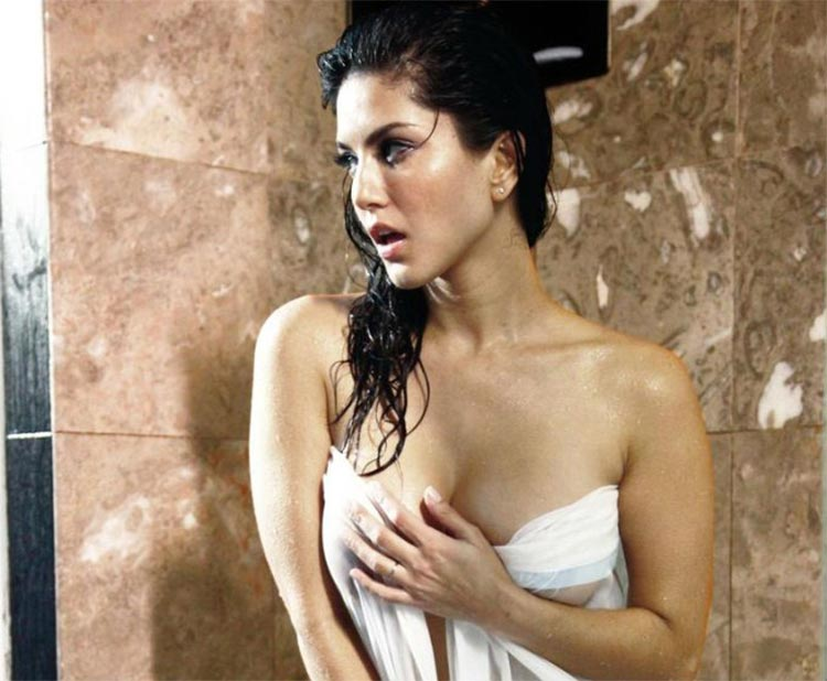 Sunny Leone's hot photo from the shower will make you speechless