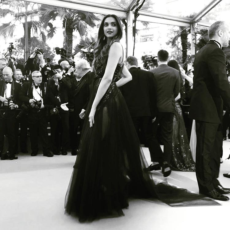 Deepika Padukone looked enchanting on the Cannes red carpet
