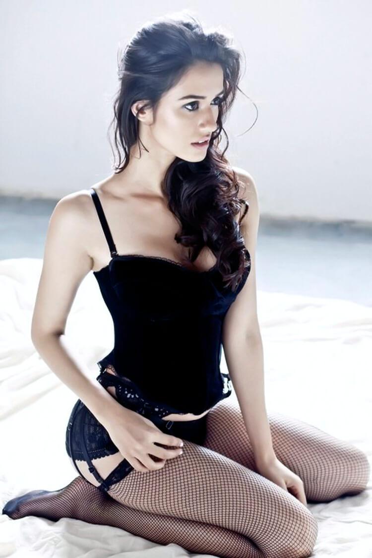 Disha Patani in a sexy corset