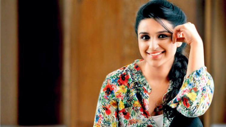 Parineeti Chopra Wallpapers Photos Parineeti Chopra Hot And