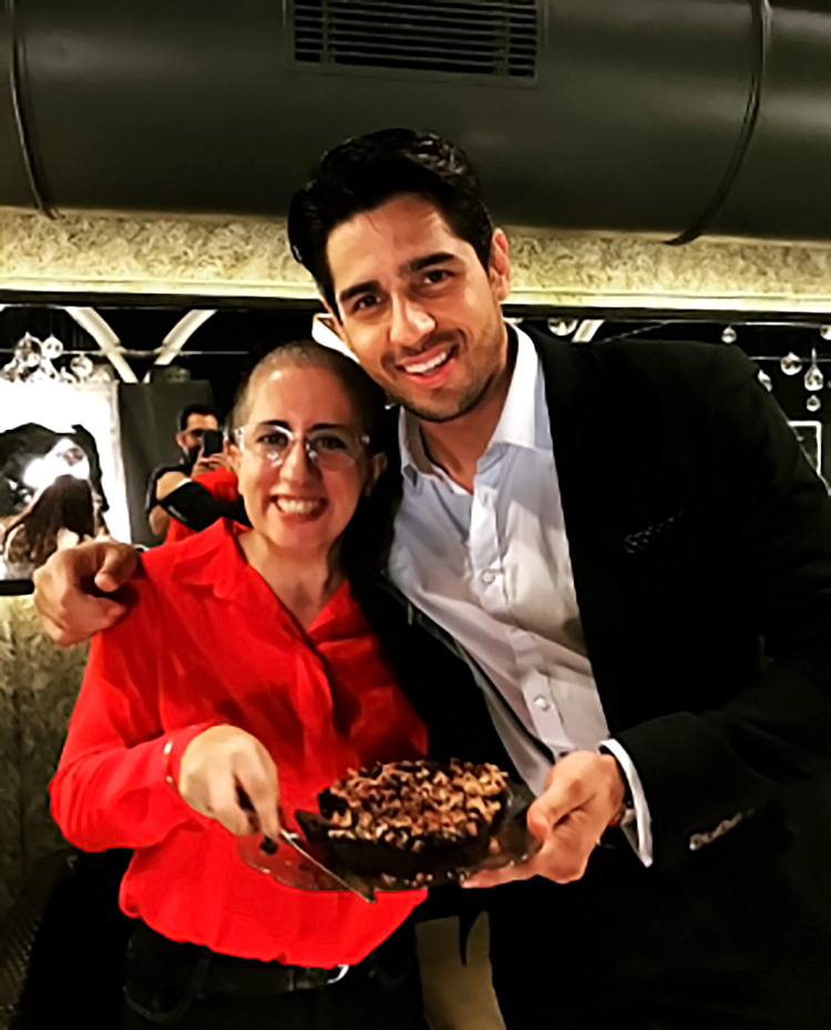 Sidharth Malhotra spends some personal time with Guneet Monga