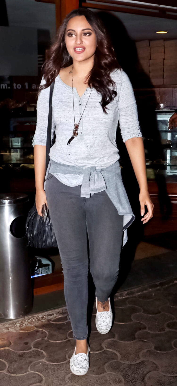 Sonakshi Sinha is rocking her street style in this candid photo